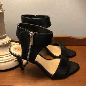 Jessica Simpson Sandal Heels Black